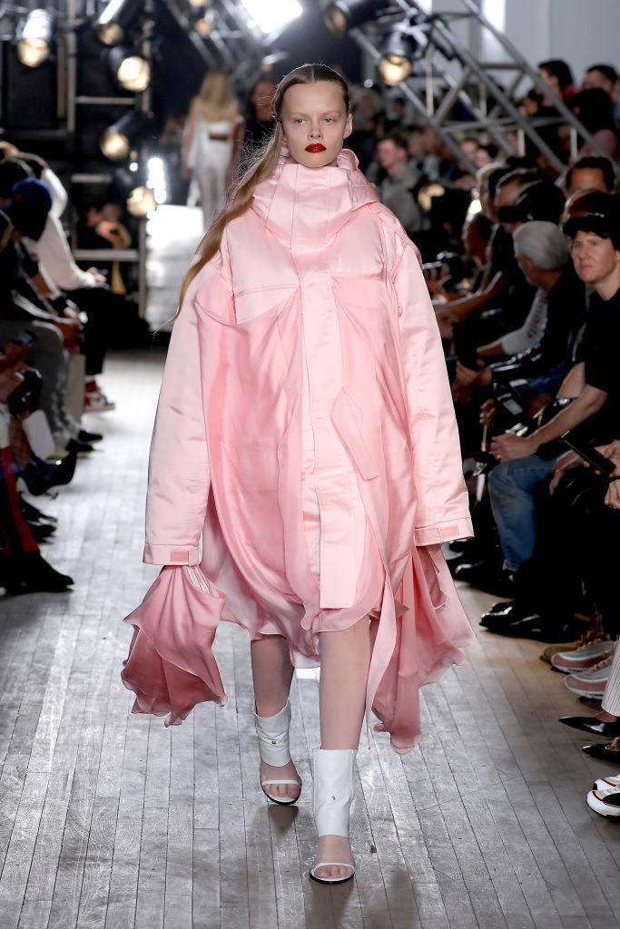 <p>But it wasn't left up to Victoria Beckham to inject some colour into the fashion proceedings this season, as Helmut Lang couldn't resist a little millennial pink. So, rejoice kids as it's here to stay… <em>[Photo: Getty]</em> </p>