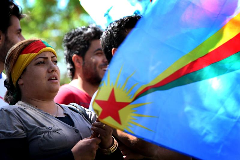 Iraqi Kurdish supporters of the Kurdistan Workers Party (PKK) rally in Arbil on April 12, 2014 (AFP Photo/Safin Hamed)