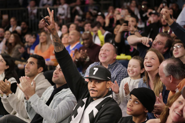 Carmelo Anthony can also waive goodbye to the Bulls. (AP Photo)