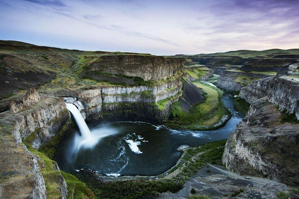 <p>In Starbuck, Washington, you can visit Palouse Falls State Park to see these epic waterfalls. </p>