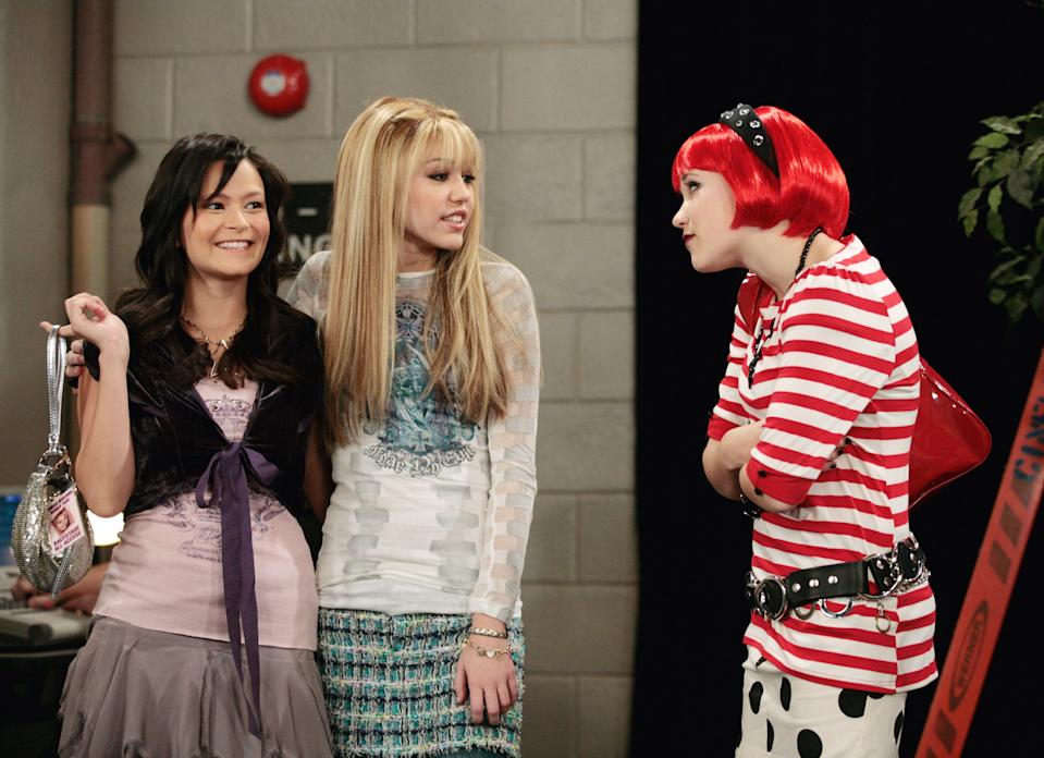 """<h1 class=""""title"""">HANNAH MONTANA, Romi Danes, Miley Cyrus, Emily Osment, 'Cuffs Will Keep Us Together', (Season 2, epi</h1><cite class=""""credit"""">©Disney Channel/Courtesy Everett Collection</cite>"""