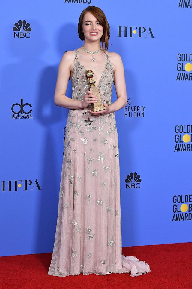 "<p>Emma Stone earned her 'La La Land' dancer physique by more than just practicing the choreography. Her trainer, Jason Walsh, had the Oscar nominee focus on <a rel=""nofollow"" href=""http://www.drozthegoodlife.com/fitness/strength-cardio-exercise/a2098/exercises-when-havent-worked-out-forever/"">dead lifts</a> and strength training. ""Staying strong supports the skeletal system, stabilizes joints, <a rel=""nofollow"" href=""http://www.drozthegoodlife.com/fitness/strength-cardio-exercise/a1261/how-cardio-benefits-your-entire-body/"">makes your cardio safer</a> and more effective,"" Walsh told <a rel=""nofollow"" href=""http://www.elle.com/beauty/health-fitness/news/a42659/emma-stone-personal-trainer-la-la-land-dancer-body/"">ELLE</a>. ""If strength training is done right, you get plenty of cardio from lifting as well. Cardio comes secondary.""</p>"