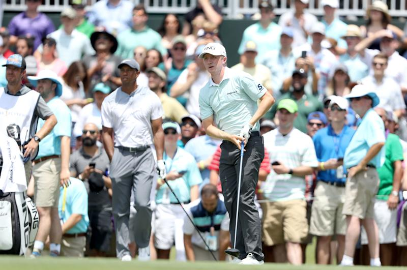 Webb Simpson takes 5-shot lead at Players Championship