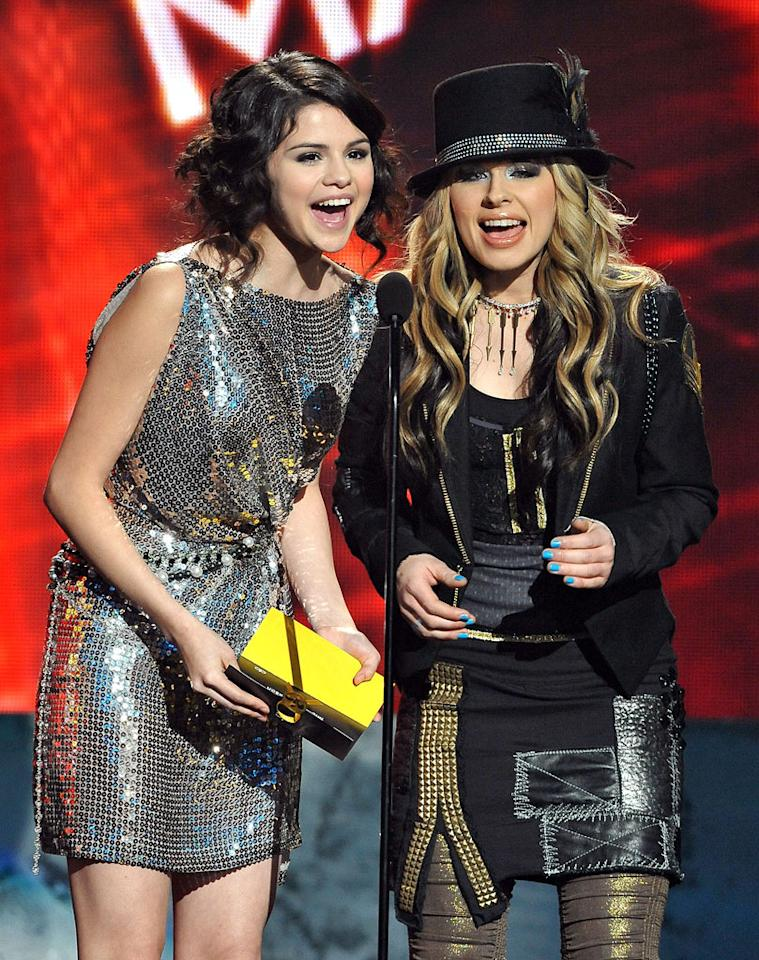 Presenters Selena Gomez and Orianthi onstage at the 2009 American Music Awards at Nokia Theatre L.A. Live on November 22, 2009 in Los Angeles, California.