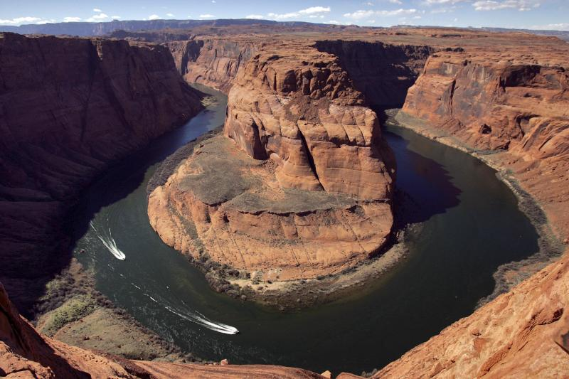 US, Mexico sign rules on sharing Colorado River