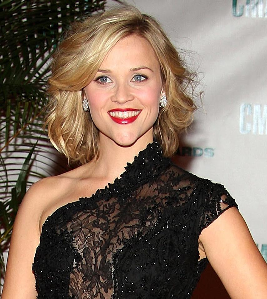 "<a href=""http://movies.yahoo.com/movie/contributor/1800018812"">REESE WITHERSPOON</a> She earned $14 million for ""<a href=""http://movies.yahoo.com/movie/1809961243/info"">Four Christmases</a>,"" and apparently she was worth it since it opened last week at #1."