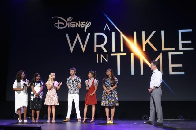 """Teenager Raises $17,000 To Help 1,000 Girls See """"A Wrinkle In Time"""""""