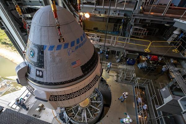 Boeing's Starliner lands in desert - company