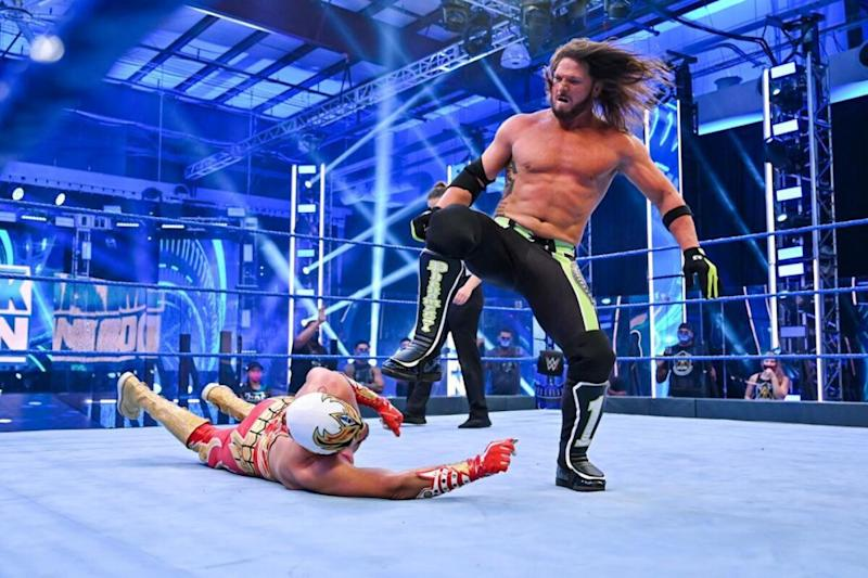 WWE Smackdown Results: AJ Styles, Bayley Retain Their Titles