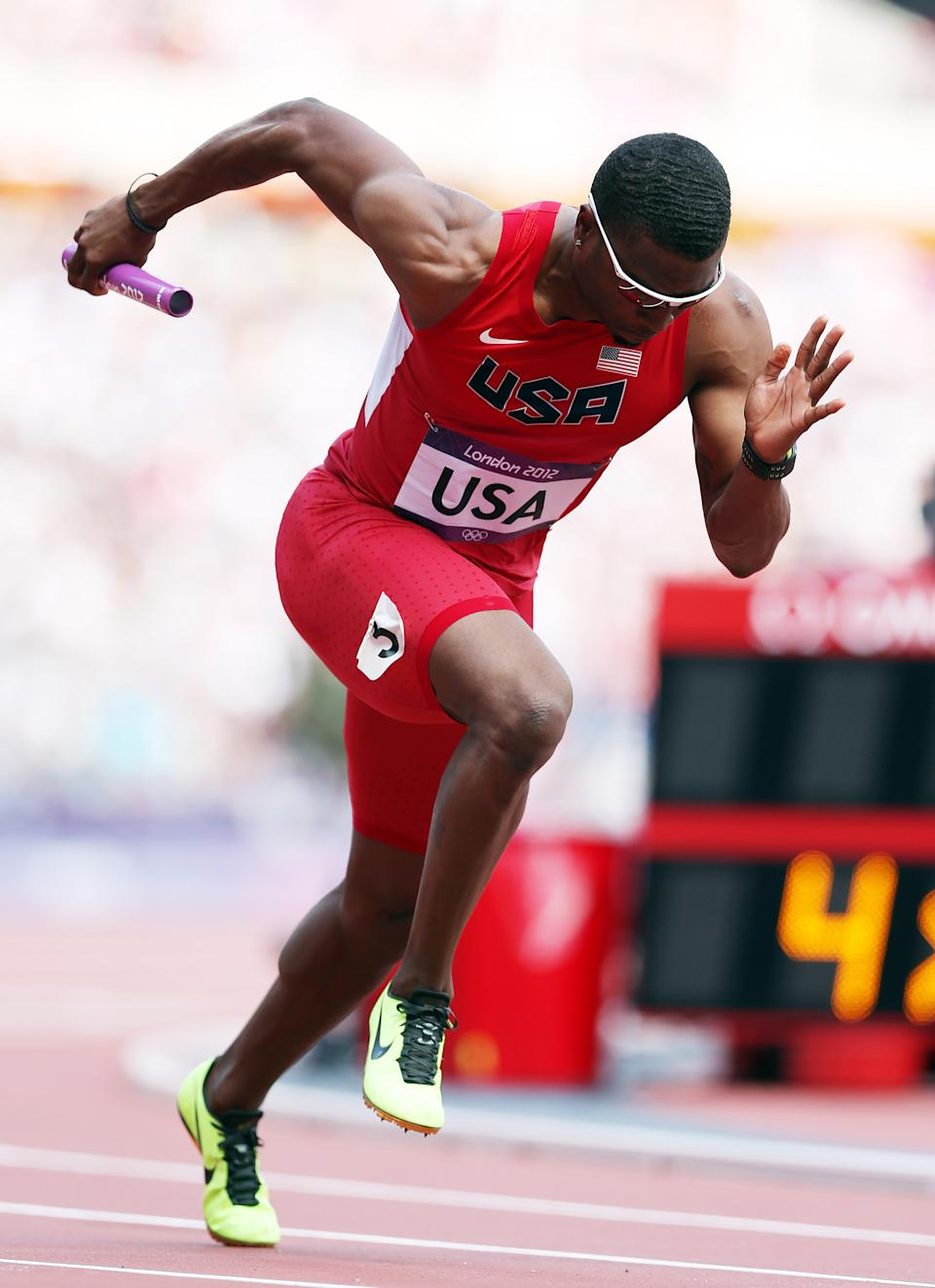Manteo Mitchell of USA in action during the heats of the men's 4x400m relays , during the 2012 London Olympics at The Olympic Stadium on August 09, 2012 in London, England. (Photo by Ian MacNicol/Getty Images)