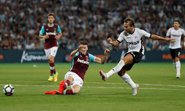 "<span class=""element-image__caption"">Astra Giurgiu's Filipe Teixeira scores the winning goal of the second leg of the Europa League play-off round in August, giving the Romanian side a 1-0 win at the London Stadium and a 2-1 aggregate triumph.</span> <span class=""element-image__credit"">Photograph: John Sibley/Reuters</span>"