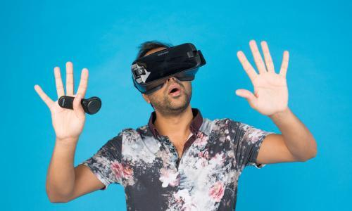 Samsung Gear VR – can a virtual-reality app save me from digital overload?