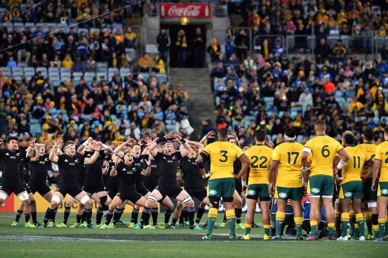 Australia are on the verge of handing the All Blacks a 16th straight Bledisloe series victory