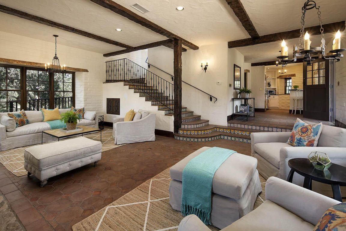 Ellen DeGeneres's reported new home has beautiful touches everywhere. (Photos: Images courtesy of Trulia)