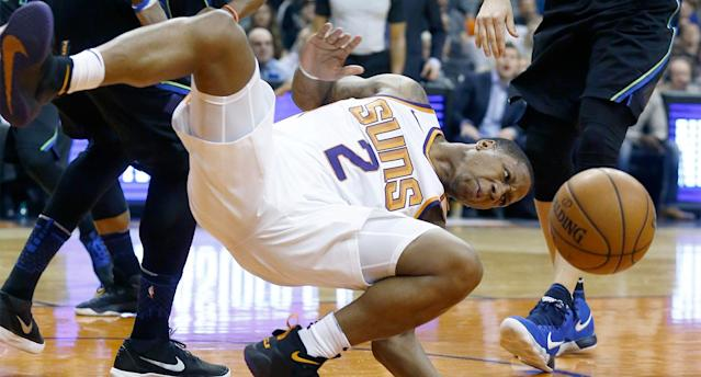 The Suns' Isaiah Canaan was injured in the first quarter on Wednesday night. (AP)