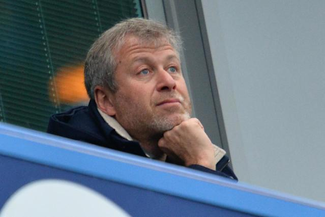 Roman Abramovich held talks with Antonio Conte at Chelsea training ground and watched players train