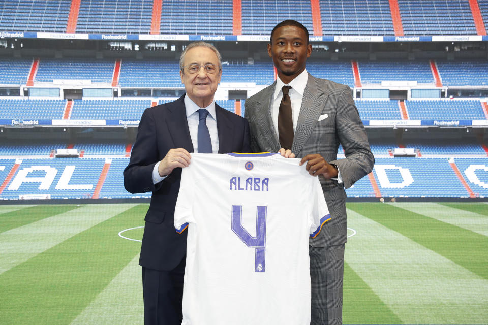 MADRID, SPAIN - JULY 21: New signing David Alaba of Real Madrid and Florentino Pérez on July 21, 2021 in Madrid, Spain. (Photo by Pedro Castillo/Real Madrid via Getty Images)
