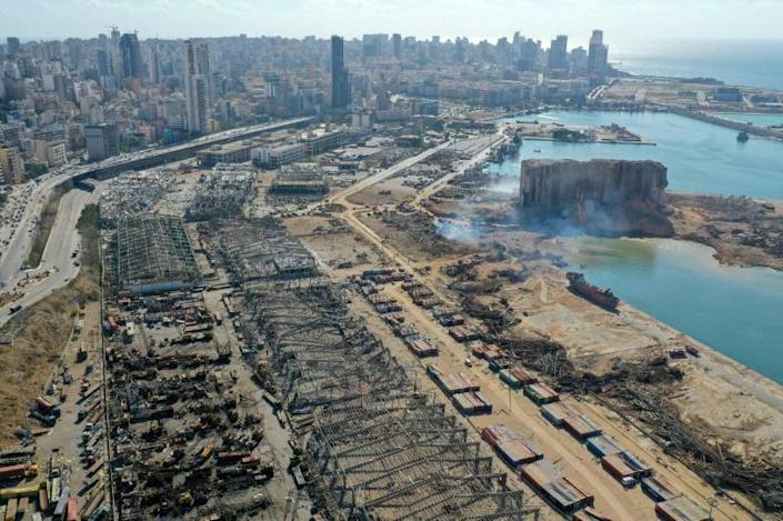 An aerial view shows the massive damage done to Beirut port's grain silos and the area around it (AFP Photo/-)