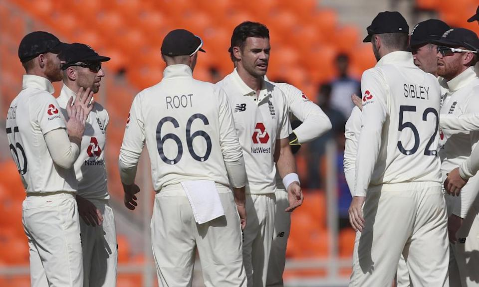England players congratulate Jimmy Anderson after he dismissed Shubman Gill in the fourth Test. The veteran seamer was in superb form despite the series defeat for his side.