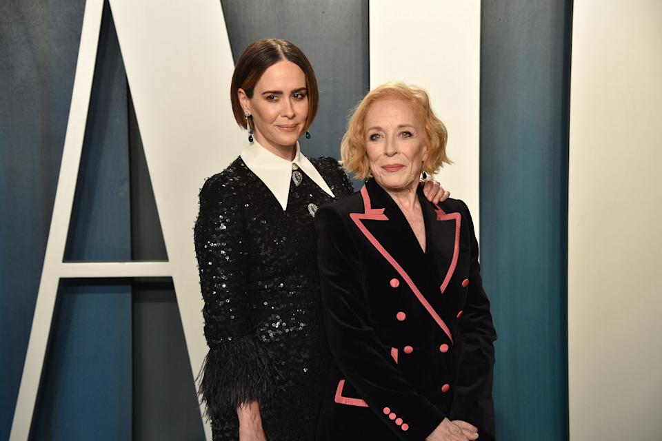 Sarah Paulson, 45, (L) is dating Holland Taylor, 77. (Photo: Getty Images)