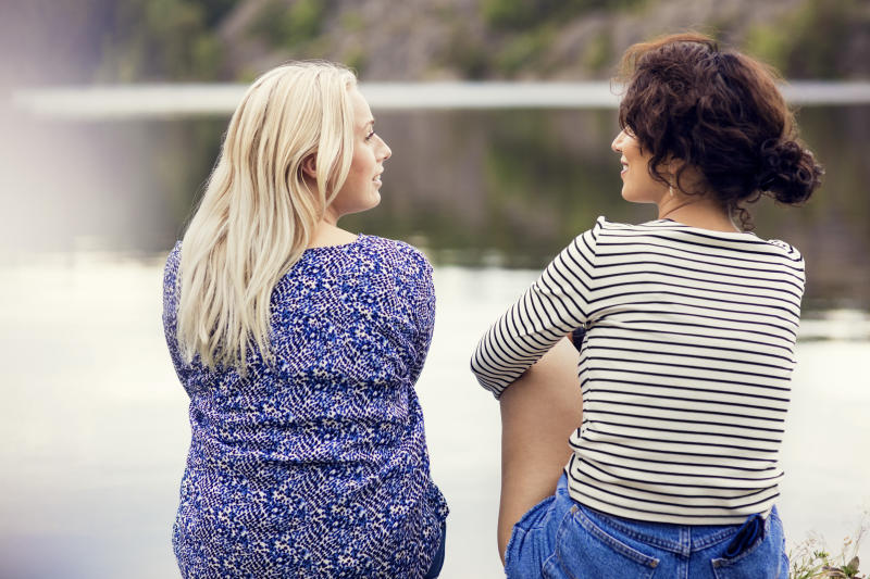 How many amazing friendships do we pass up before we realize men come and go, but women, the quality ones at least, are forever? (Maskot via Getty Images)
