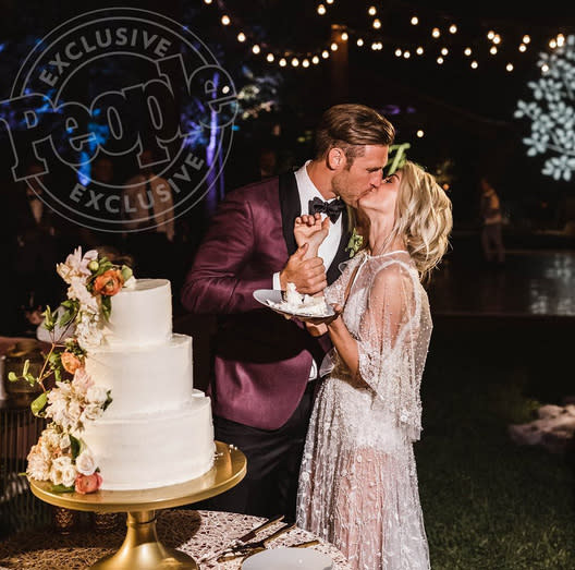 "<p>The <em>Dancing With the Stars</em> judge reflected on her ""magical"" <a href=""https://www.yahoo.com/celebrity/julianne-hough-brooks-laich-married-023100506.html"" data-ylk=""slk:wedding to hockey player Brooks Laich;outcm:mb_qualified_link;_E:mb_qualified_link"" class=""link rapid-noclick-resp newsroom-embed-article"">wedding to hockey player Brooks Laich</a>. ""I'm so grateful I get to spend forever with this incredibly kind, thoughtful, strong and adventurous man,"" she wrote along with a link to photos from their wedding on <a href=""http://people.com/tv/inside-julianne-hough-brooks-laich-wedding-photos/"" rel=""nofollow noopener"" target=""_blank"" data-ylk=""slk:People.com"" class=""link rapid-noclick-resp"">People.com</a>. (Photo: <a href=""https://www.instagram.com/p/BWc9xS-Bcul/?hl=en"" rel=""nofollow noopener"" target=""_blank"" data-ylk=""slk:Julianne Hough via Instagram"" class=""link rapid-noclick-resp"">Julianne Hough via Instagram</a>) </p>"