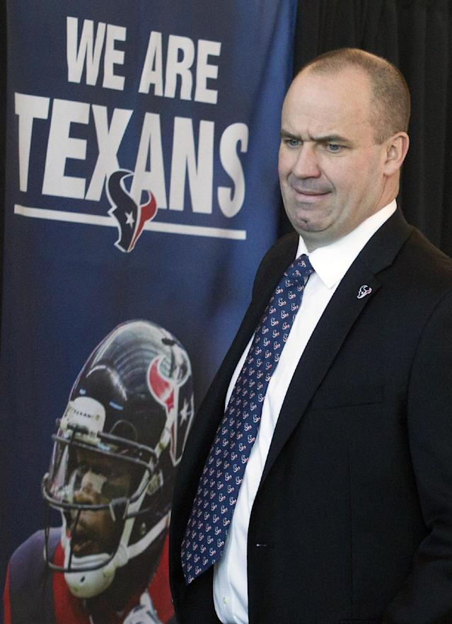 Former Penn State head coach and New England Patriots offensive coordinator Bill O'Brien arrives for a press conference where he was introduced as the new head coach of the Houston Texans NFL football team, Friday, Jan. 3, 2014, in Houston. (AP Photo/Patric Schneider)
