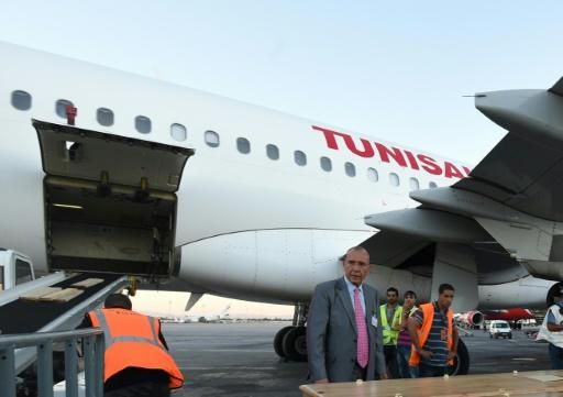 Tunisair uniform row leaves passengers stranded