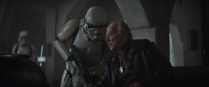 """Werner Herzog as """"The Client"""" in """"The Mandalorian"""" Chapter 7"""