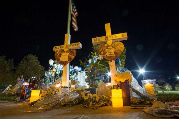 PHOTO: Memorial at a vigil held for shooting victims, Nov. 17, 2019, in Santa Clarita, California. (Apu Gomes/Getty Images)