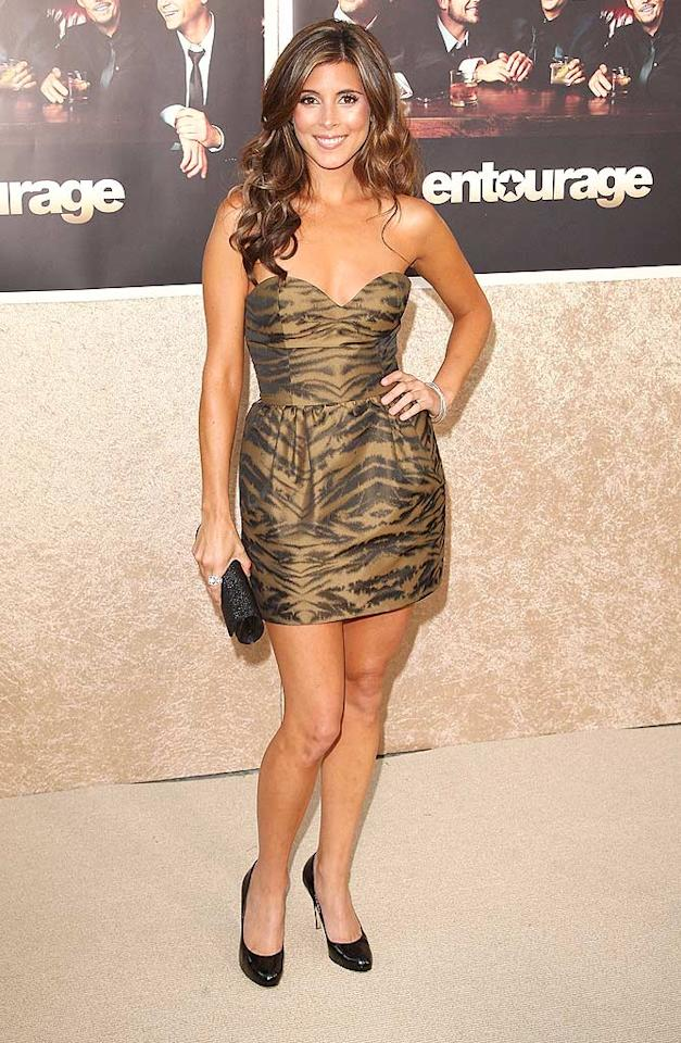 """Right behind Hayden on the red carpet was Jamie-Lynn Sigler, whose caramel locks, sun-kissed skin, and Donna Karan dress were dead on. Jason Merritt/<a href=""""http://www.gettyimages.com/"""" target=""""new"""">GettyImages.com</a> - July 9, 2009"""
