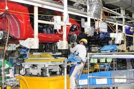 Japanese manufacturers' confidence dives: BoJ survey
