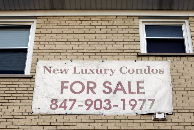 In this Wednesday, Oct. 10, 2012, photo, a  for-sale sign is posted in Lincolnwood, Ill.  A measure of U.S. home prices rose 6.3 percent in October compared with a year ago, the largest yearly gain since July 2006. The jump adds to signs of a comeback in the once-battered housing market. (AP Photo/Nam Y. Huh)