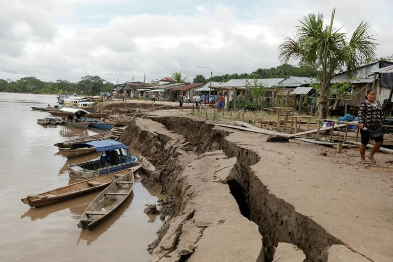 A crack in the ground caused by a quake in Puerto Santa Gema, on the outskirts of Yurimaguas, in the Amazon region, Peru on May 26, 2019