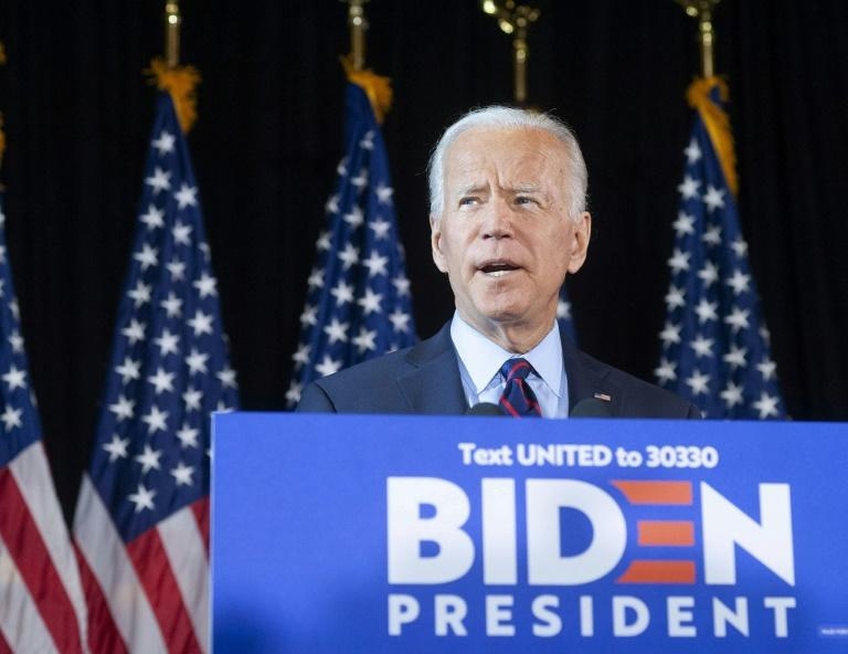 Massachusetts Senator Elizabeth Warren has slipped past former vice president Joe Biden in a new poll in the race for the Democratic presidential nomination (AFP Photo/WILLIAM THOMAS CAIN)