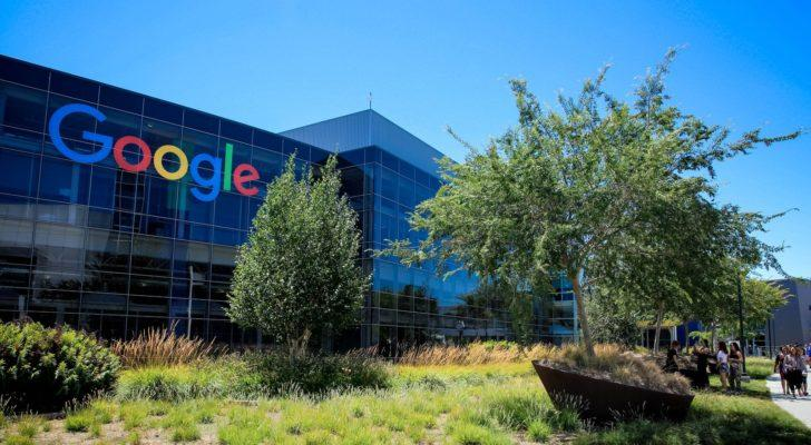 Google's Employees are About to Crash the Palace as Election Year Nears