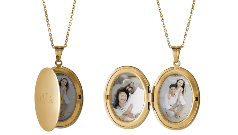 An old-fashioned, personalized keepsake on sale. (Photo: Shutterfly)