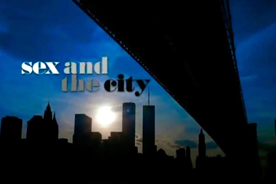 <p>Until season 4, episode 12 the opening sequence was set in front of the Twin Towers. However, after the 9/11 attacks the creators moved the credits to appear in front of the Empire State Building. </p>