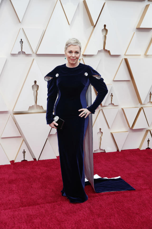 Olivia Colman wearing a Stella McCartney dress at the 2020 Oscars. [Photo: Getty]