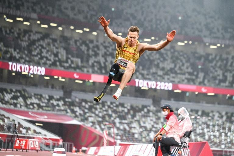 Germany's Markus Rehm won the T64 long jump competition at the Tokyo Paralympics (AFP/Charly TRIBALLEAU)