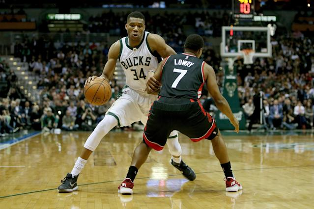 The Bucks ruled&nbsp; <span>Giannis Antetokounmpo out for the remainder of Wednesday's game after he suffered a sprained ankle.</span>&nbsp;(Getty)