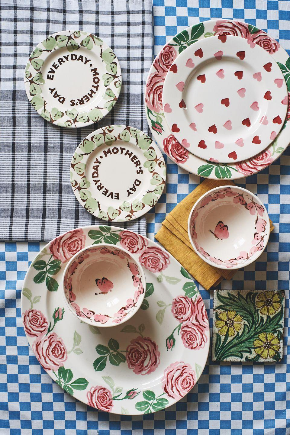 """<p>Serve up a mouthwatering treat with the new selection of plates. Available in a variety of different sizes, you'll discover something for every occasion. </p><p><a class=""""link rapid-noclick-resp"""" href=""""https://go.redirectingat.com?id=127X1599956&url=https%3A%2F%2Fwww.emmabridgewater.co.uk%2Fcollections%2Fnew&sref=https%3A%2F%2Fwww.countryliving.com%2Fuk%2Fhomes-interiors%2Finteriors%2Fg35249240%2Femma-bridgewater-spring%2F"""" rel=""""nofollow noopener"""" target=""""_blank"""" data-ylk=""""slk:BUY NOW"""">BUY NOW</a></p>"""