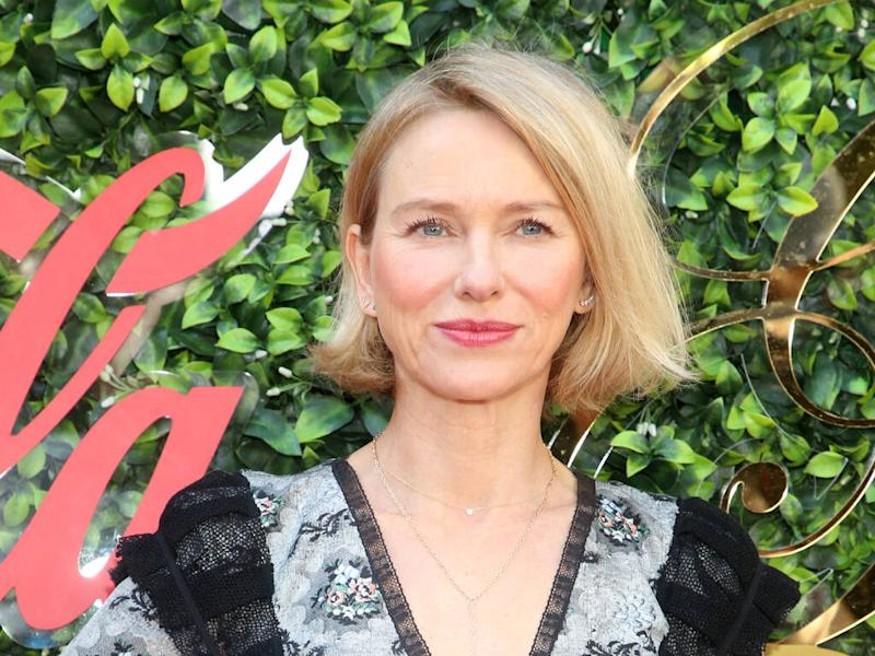 Naomi Watts encourages fans to try online exercise classes during coronavirus crisis