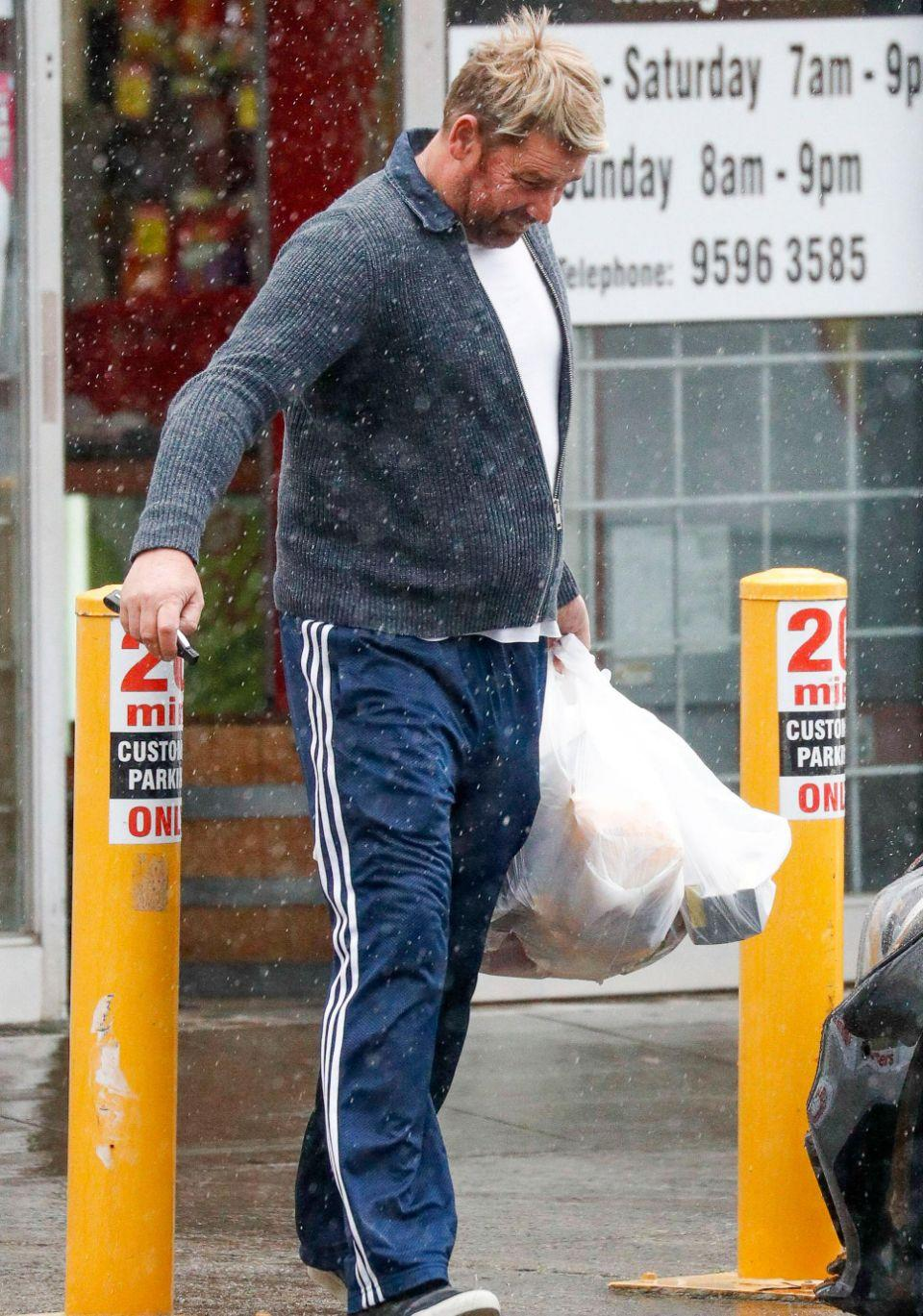 Shane was spotted running some errands in Melbourne over the weekend. Source: Media Mode