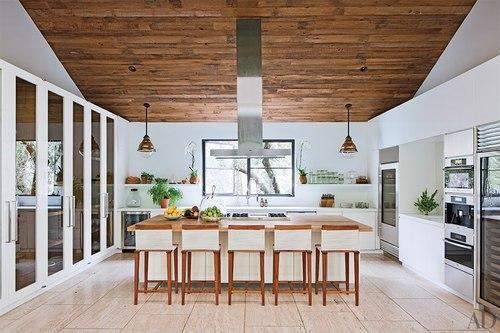 10 Beautiful Kitchens To Dream About
