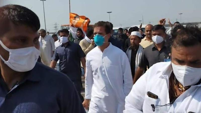 On way to Hathras, Rahul Gandhi claims he was lathi-charged