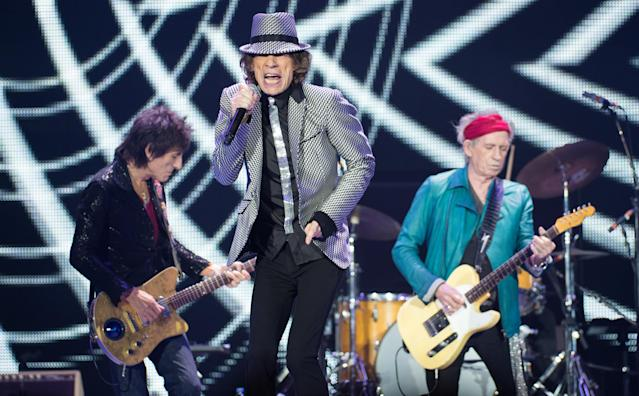 LONDON, ENGLAND - NOVEMBER 25: (STRICTLY EDITORIAL USE ONLY) Ronnie Wood, Mick Jagger and Keith Richards of The Rolling Stones perform live at 02 Arena on November 25, 2012 in London, England. (Photo by Ian Gavan/Getty Images)