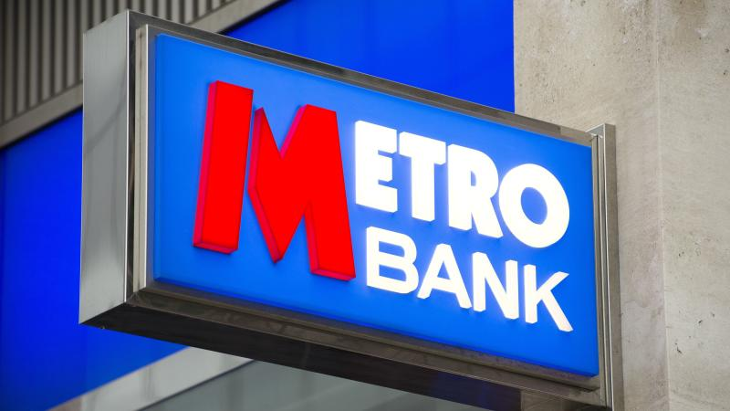 Metro Bank boss to stand down after torrid year