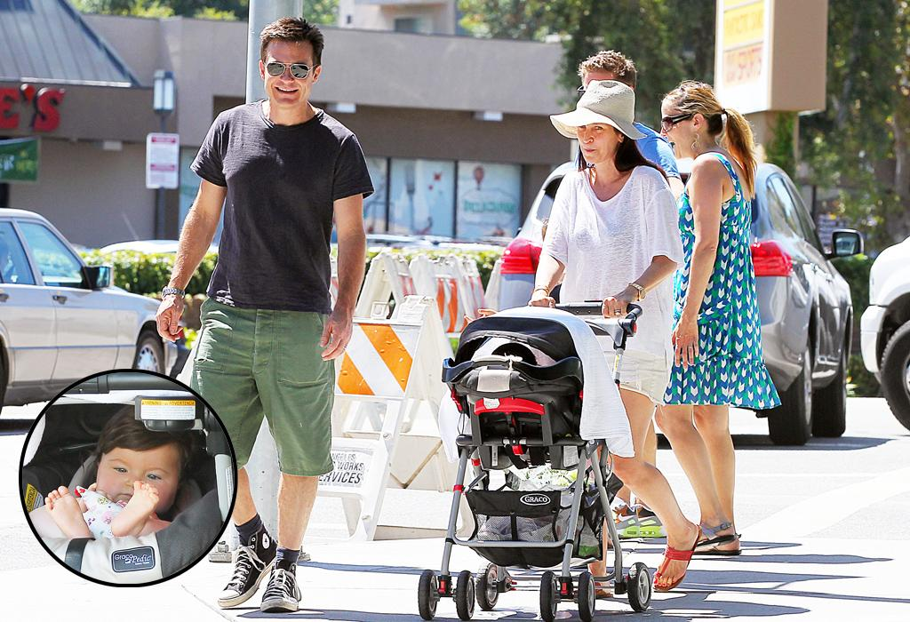 Jason Bateman at the Studio City, CA, Farmers Market with his wife, Amanda Anka and their baby, Maple Sylvia.