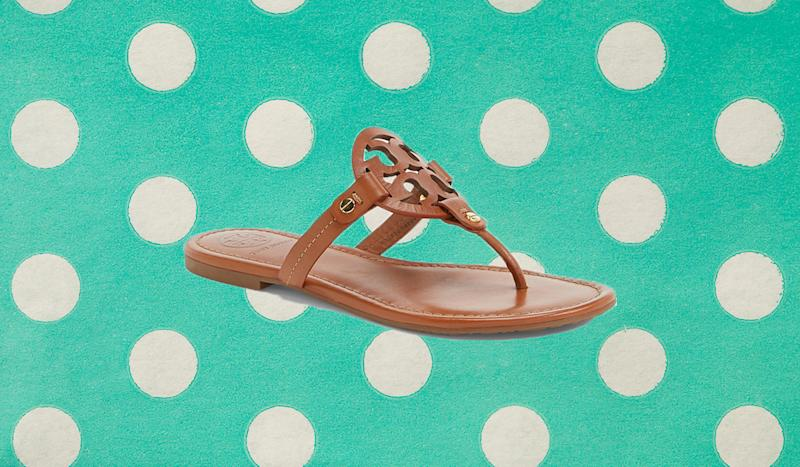 These comfy flip flops come in seven stunning shades. (Photo: Nordstrom)